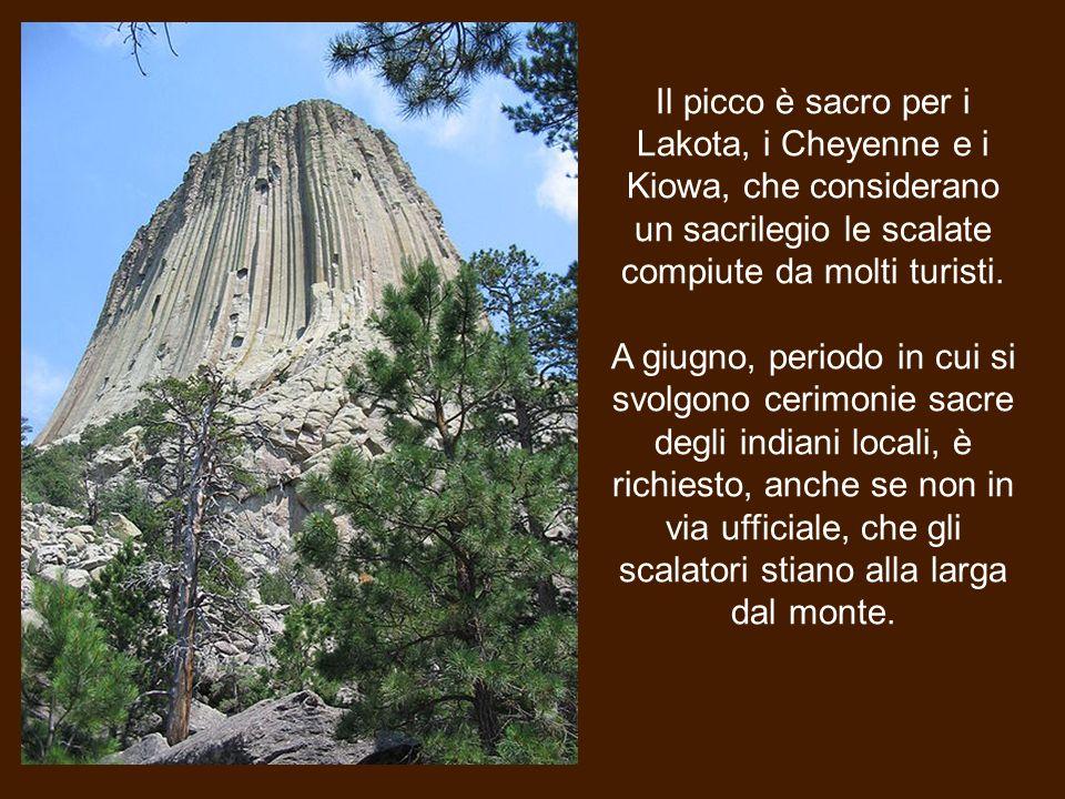 Il picco è sacro per i Lakota, i Cheyenne e i Kiowa, che considerano un sacrilegio le scalate compiute da molti turisti.