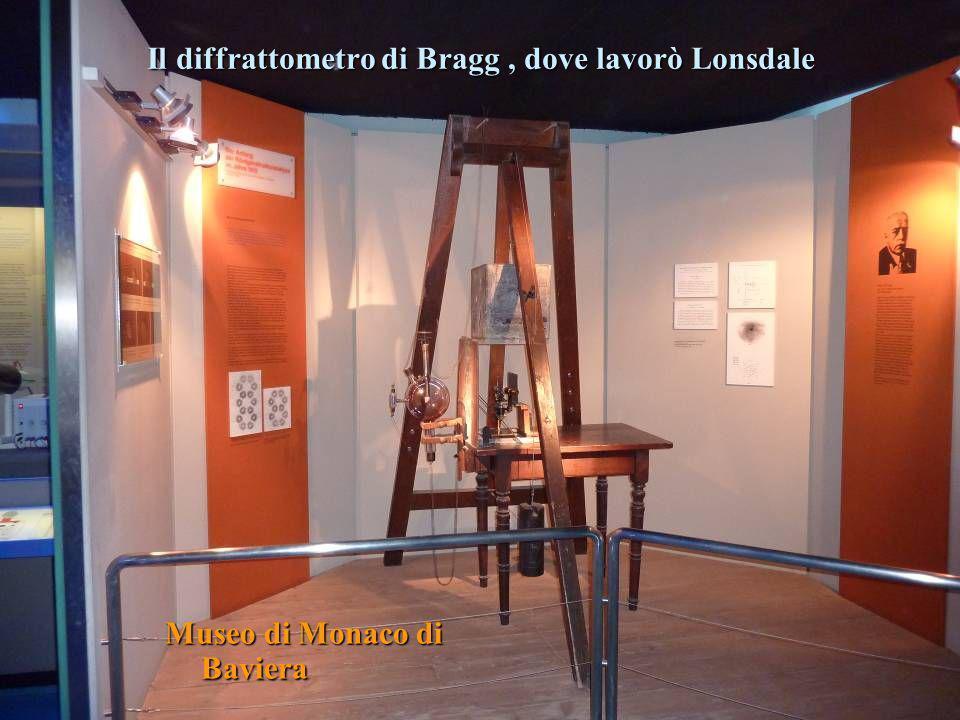 Il diffrattometro di Bragg , dove lavorò Lonsdale