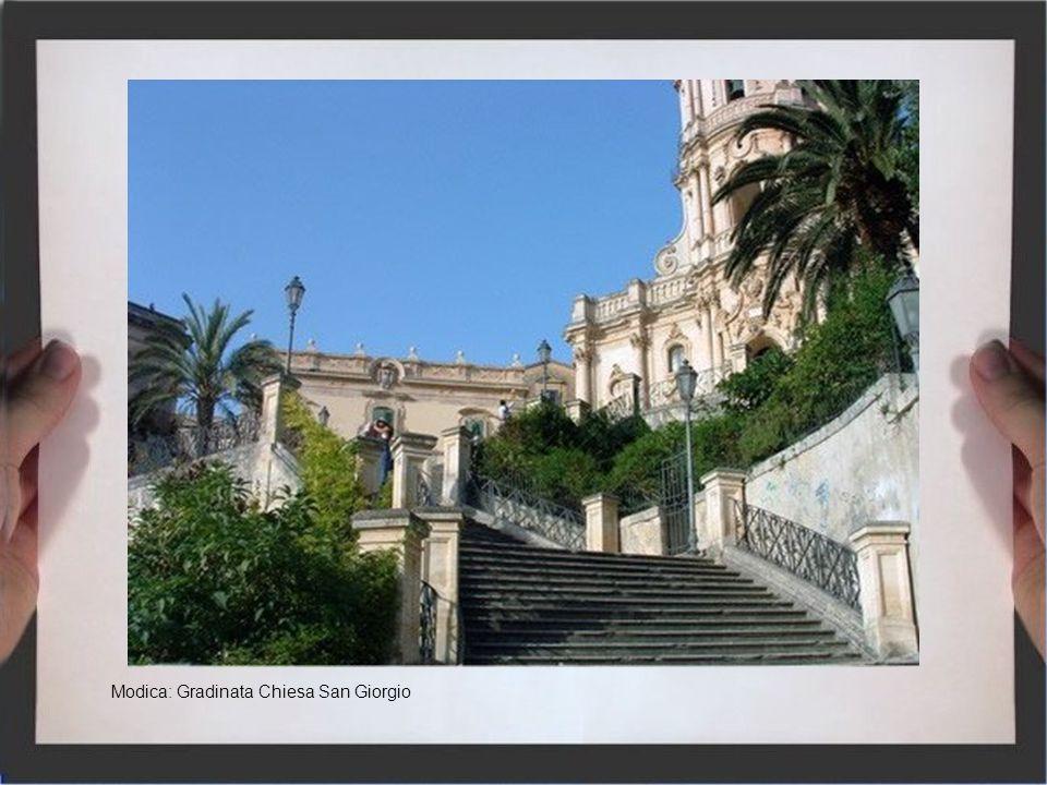 Modica: Gradinata Chiesa San Giorgio