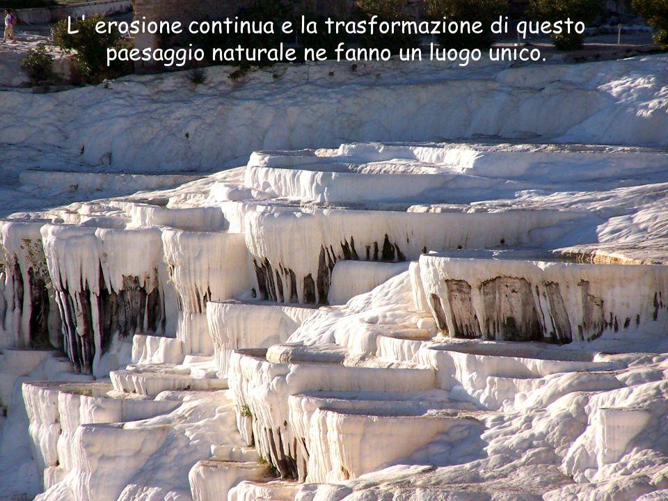 L erosione continua e la trasformazione di questo paesaggio naturale ne fanno un luogo unico.