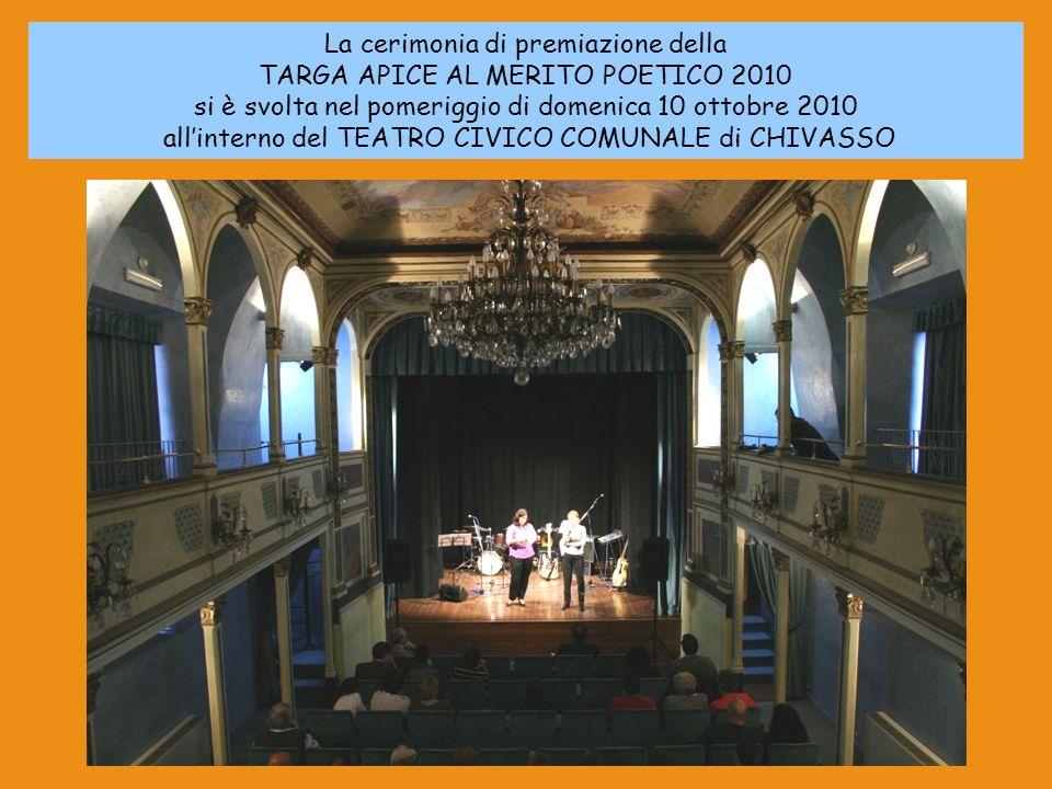 La cerimonia di premiazione della TARGA APICE AL MERITO POETICO 2010