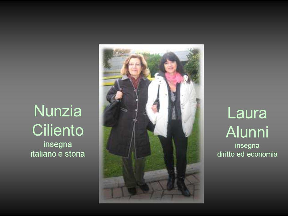 Nunzia Ciliento insegna italiano e storia