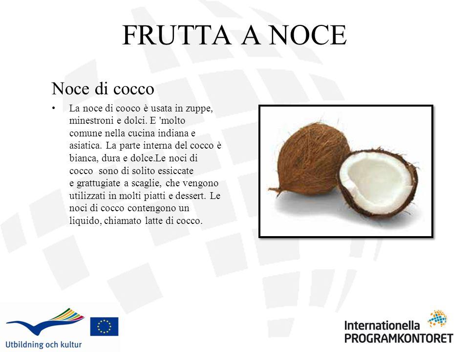 FRUTTA A NOCE Noce di cocco