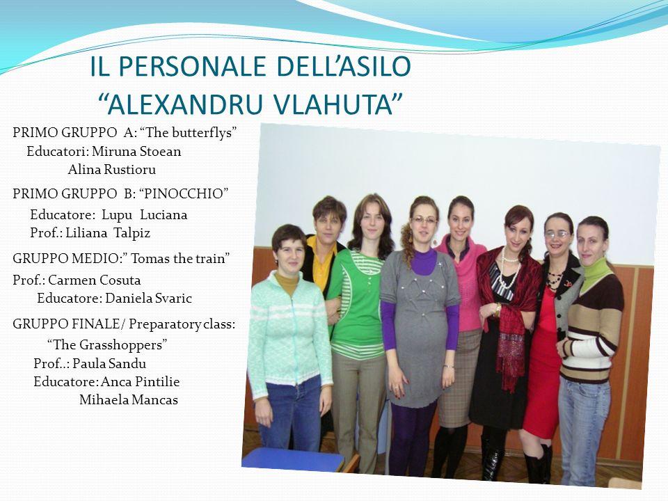 IL PERSONALE DELL'ASILO ALEXANDRU VLAHUTA