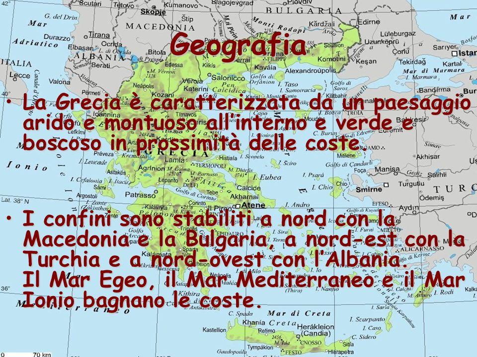 Geografia La Grecia è caratterizzata da un paesaggio arido e montuoso all'interno e verde e boscoso in prossimità delle coste.