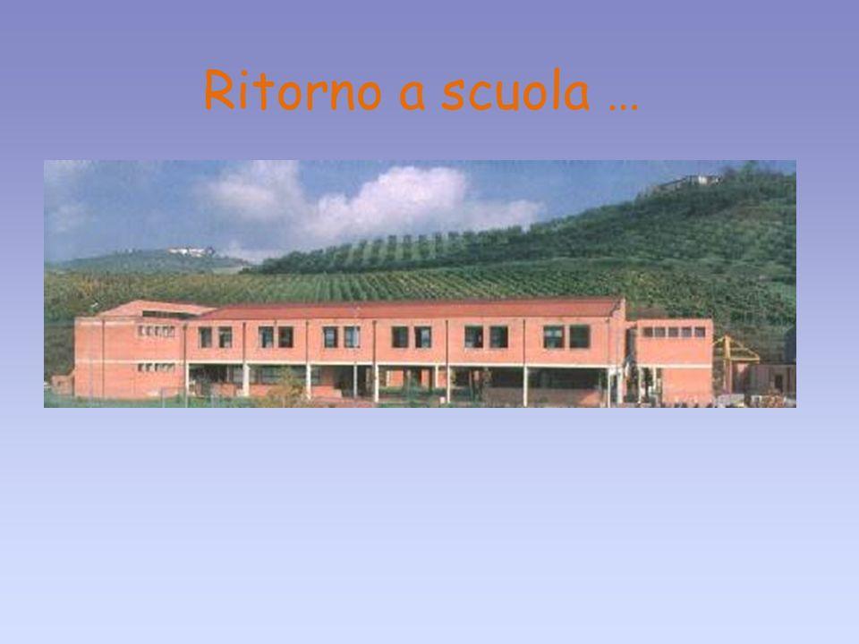 27/05/10 Ritorno a scuola … Realizzato da: Roberta Mancini e Maria Giovanna Di Giacomo 14