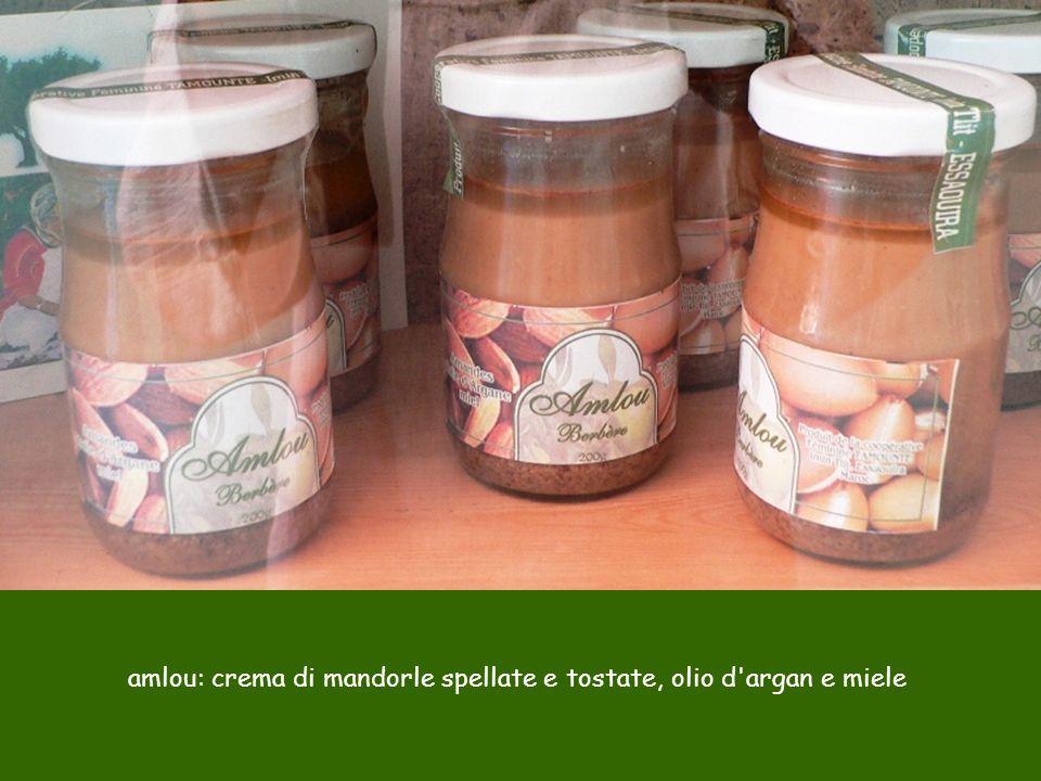 amlou: crema di mandorle spellate e tostate, olio d argan e miele