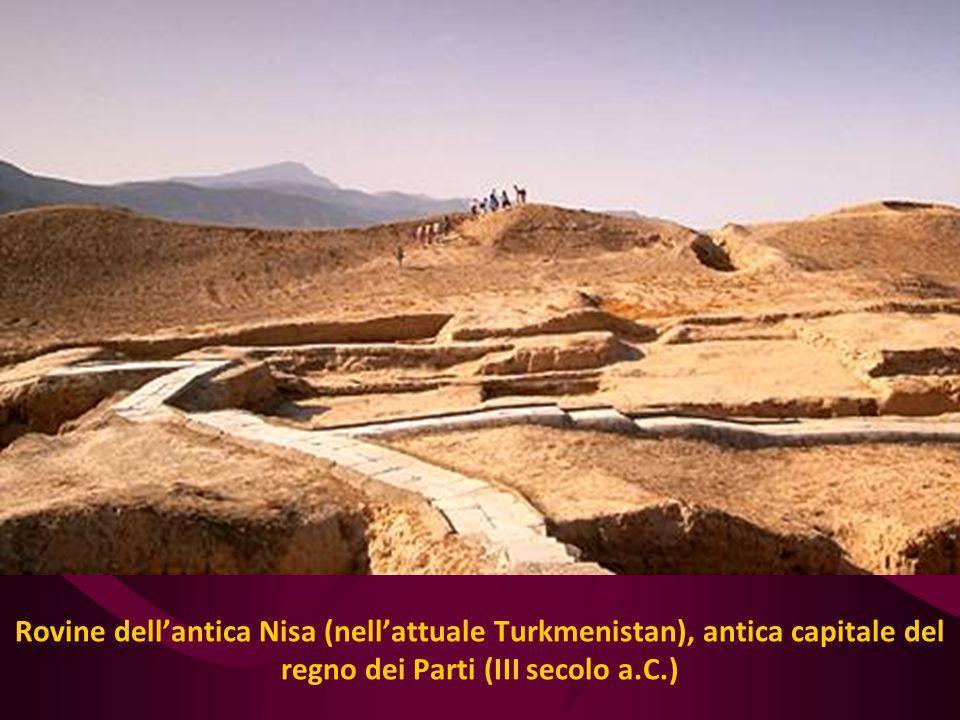 Rovine dell'antica Nisa (nell'attuale Turkmenistan), antica capitale del regno dei Parti (III secolo a.C.)