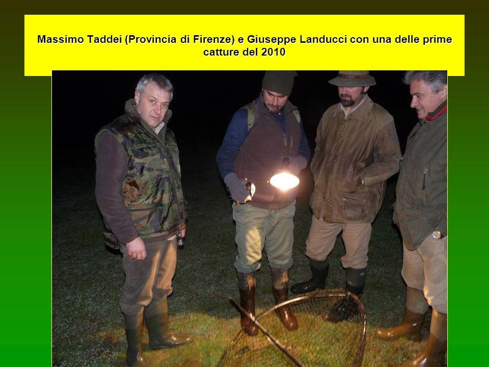 Massimo Taddei (Provincia di Firenze) e Giuseppe Landucci con una delle prime catture del 2010