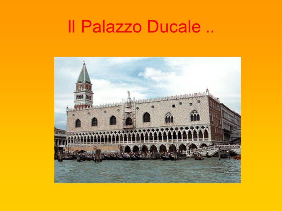 Il Palazzo Ducale ..