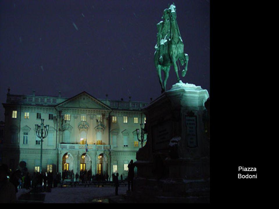 PIAZZA BODONI Piazza Bodoni