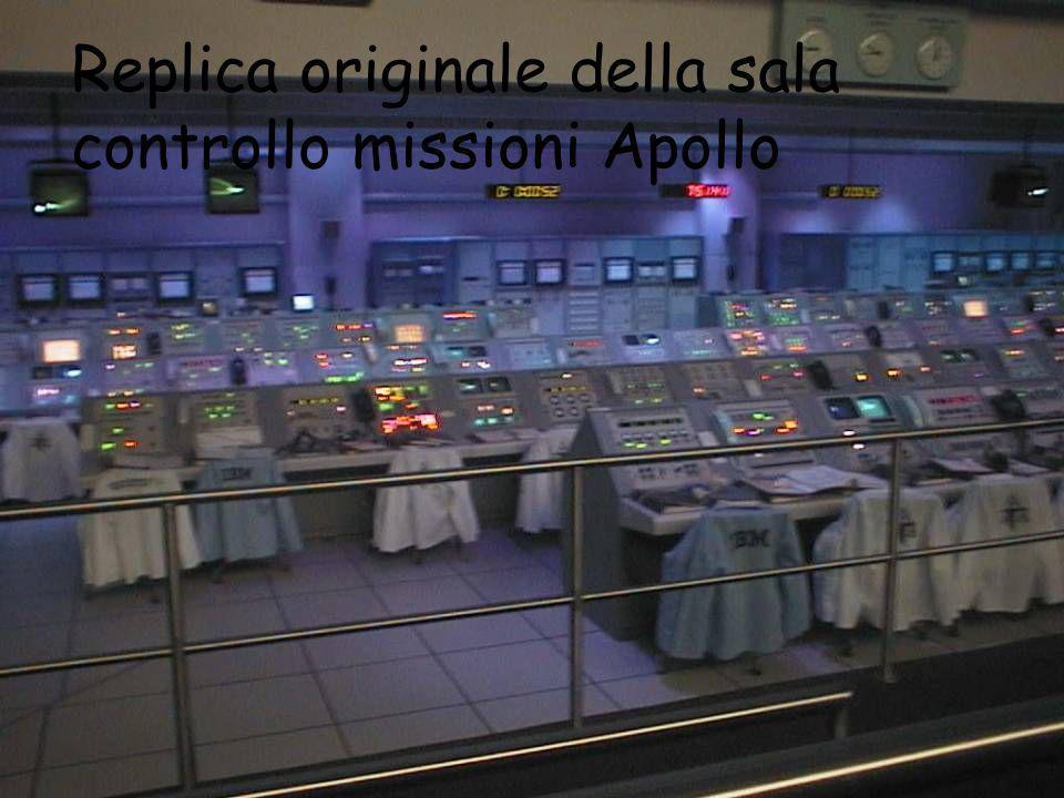 Replica originale della sala controllo missioni Apollo