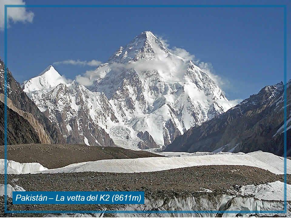 Pakistán – La vetta del K2 (8611m)