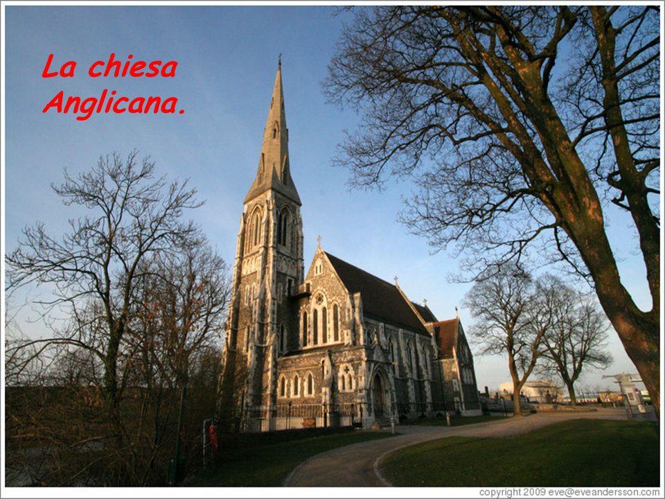 La chiesa Anglicana.
