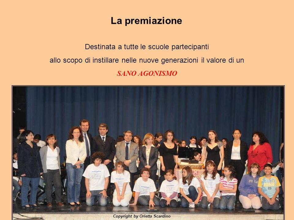 La premiazione Destinata a tutte le scuole partecipanti