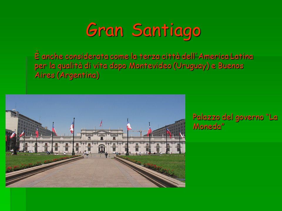 Gran Santiago È anche considerata come la terza città dell America Latina per la qualità di vita dopo Montevideo (Uruguay) e Buenos Aires (Argentina)