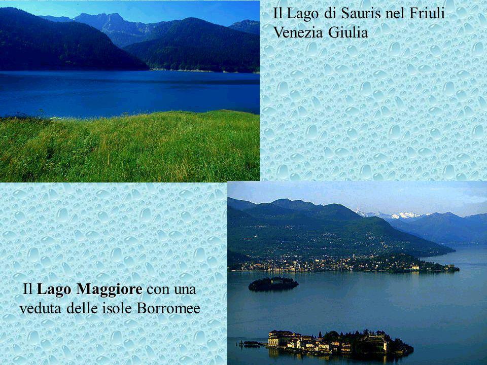 Il Lago Maggiore con una veduta delle isole Borromee