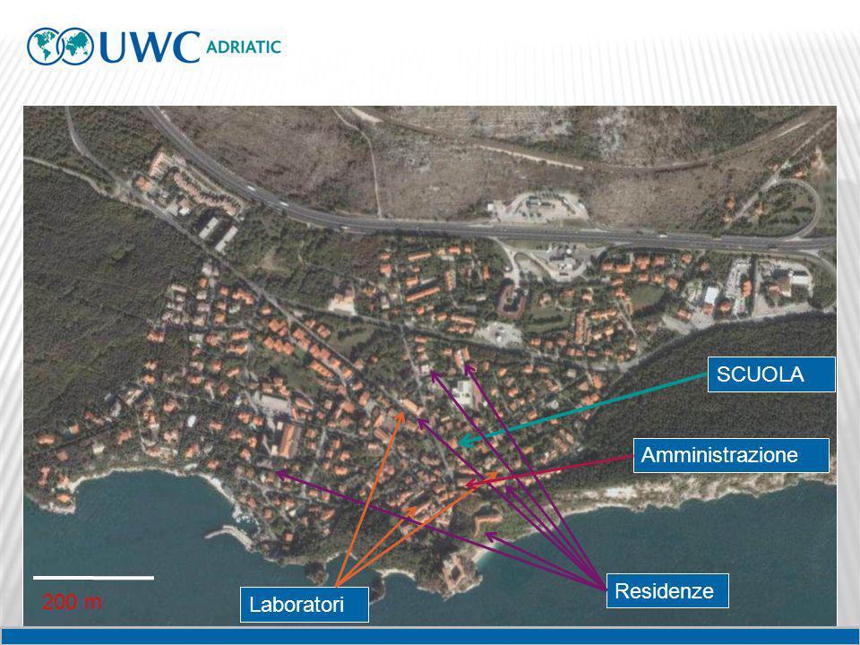 SCUOLA Amministrazione Residenze 200 m Laboratori