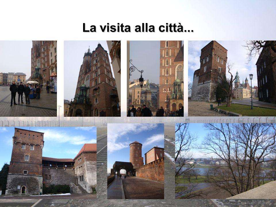 La visita alla città... Titolo