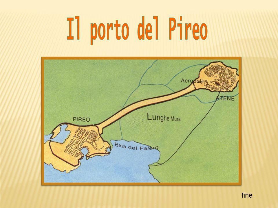 Il porto del Pireo fine