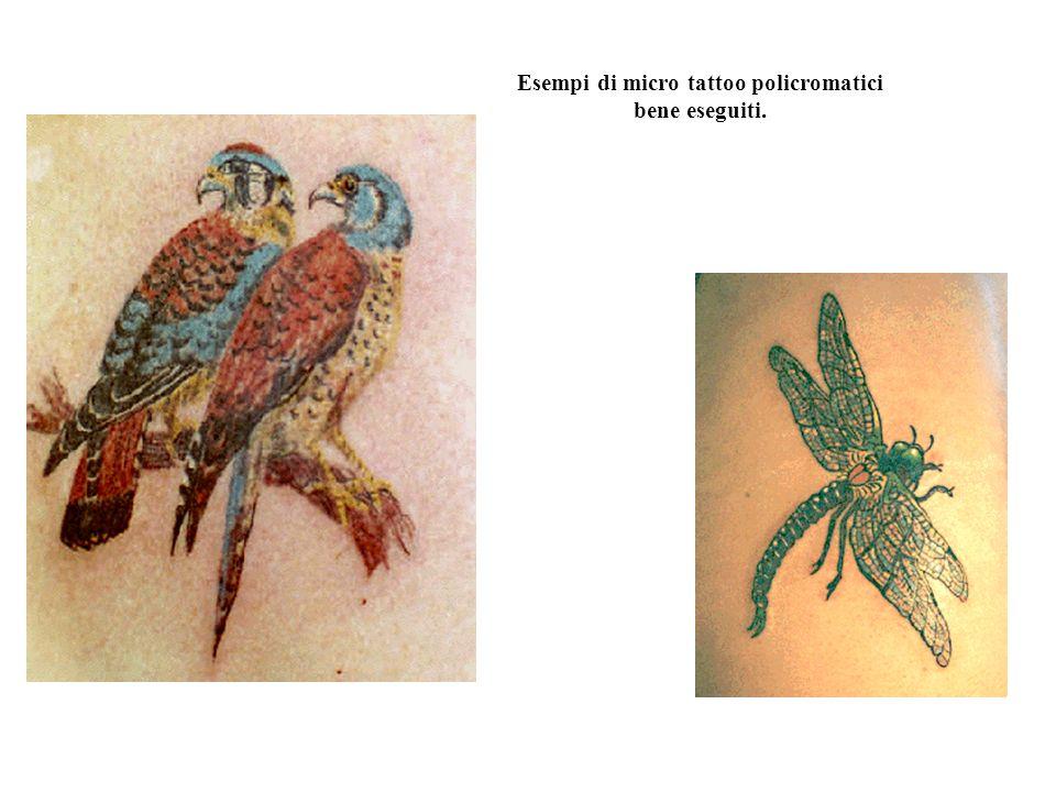 Esempi di micro tattoo policromatici bene eseguiti.