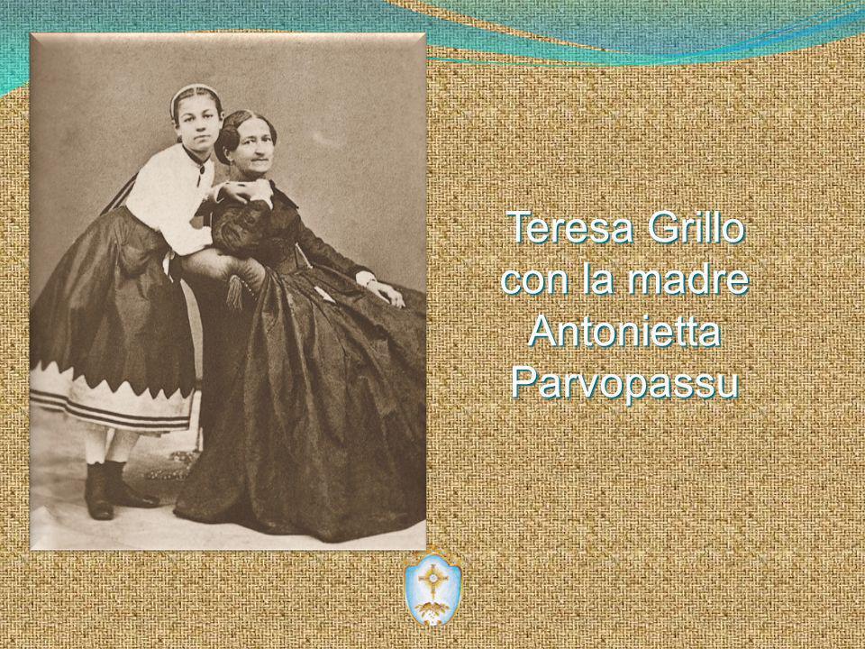 Teresa Grillo con la madre Antonietta Parvopassu