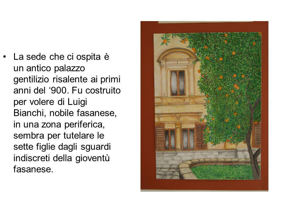 La sede che ci ospita è un antico palazzo gentilizio risalente ai primi anni del '900.