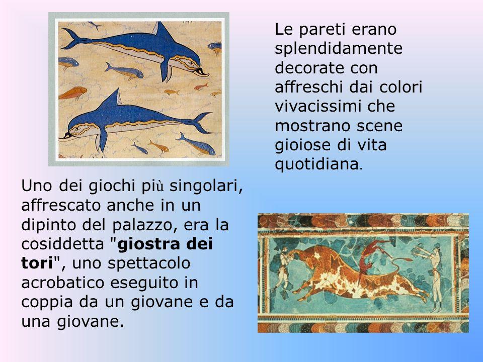 Le pareti erano splendidamente decorate con affreschi dai colori vivacissimi che mostrano scene gioiose di vita quotidiana.