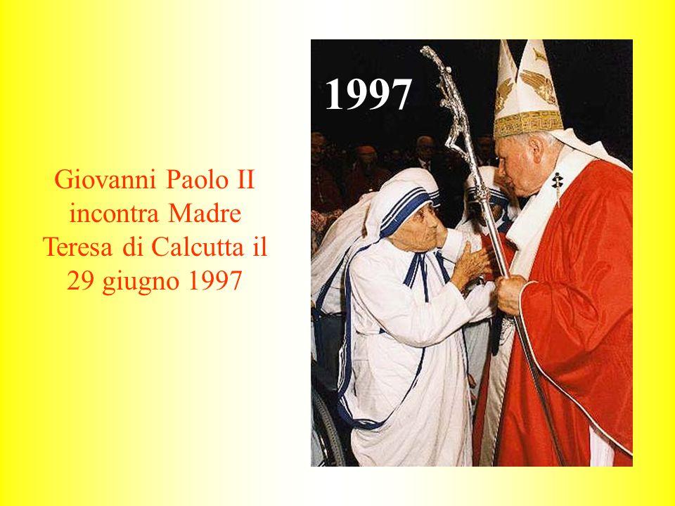Giovanni Paolo II incontra Madre Teresa di Calcutta il 29 giugno 1997