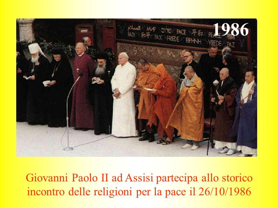 1986 Giovanni Paolo II ad Assisi partecipa allo storico incontro delle religioni per la pace il 26/10/1986.