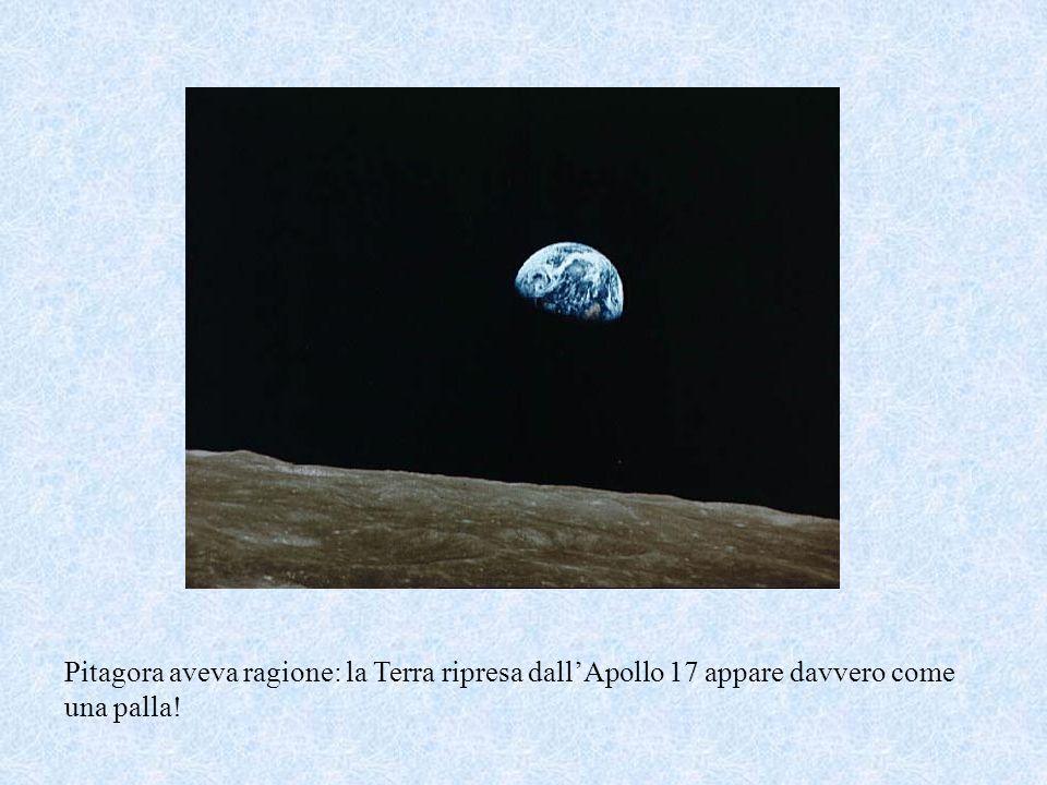 Pitagora aveva ragione: la Terra ripresa dall'Apollo 17 appare davvero come una palla!