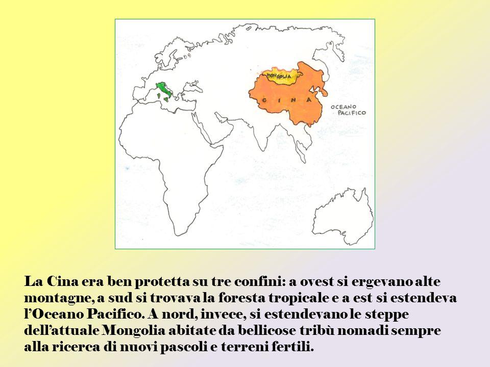 La Cina era ben protetta su tre confini: a ovest si ergevano alte montagne, a sud si trovava la foresta tropicale e a est si estendeva l'Oceano Pacifico.