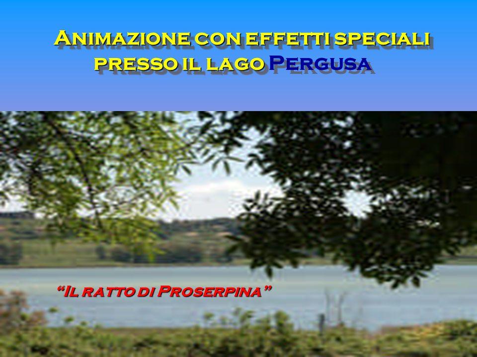 Animazione con effetti speciali presso il lago Pergusa