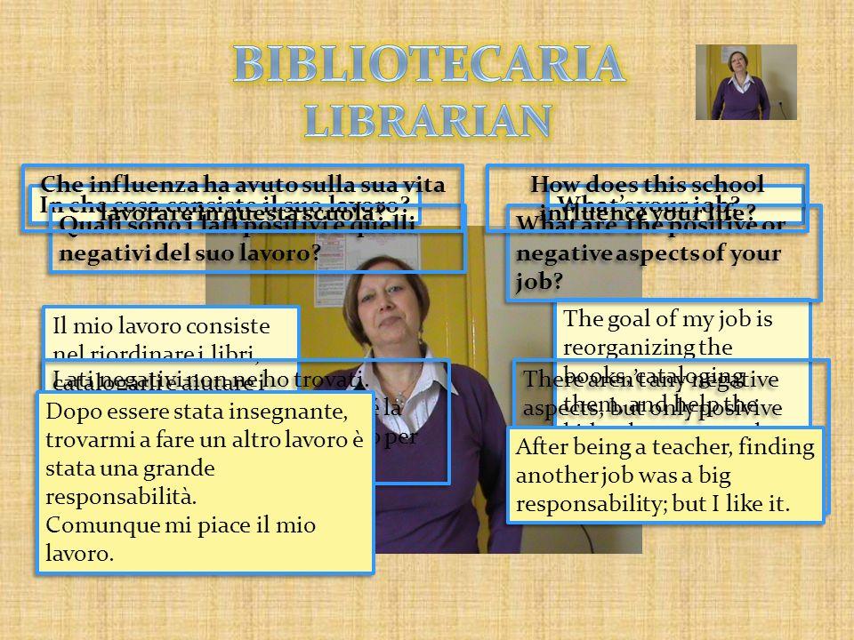 BIBLIOTECARIA LIBRARIAN