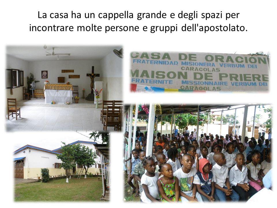 La casa ha un cappella grande e degli spazi per incontrare molte persone e gruppi dell apostolato.