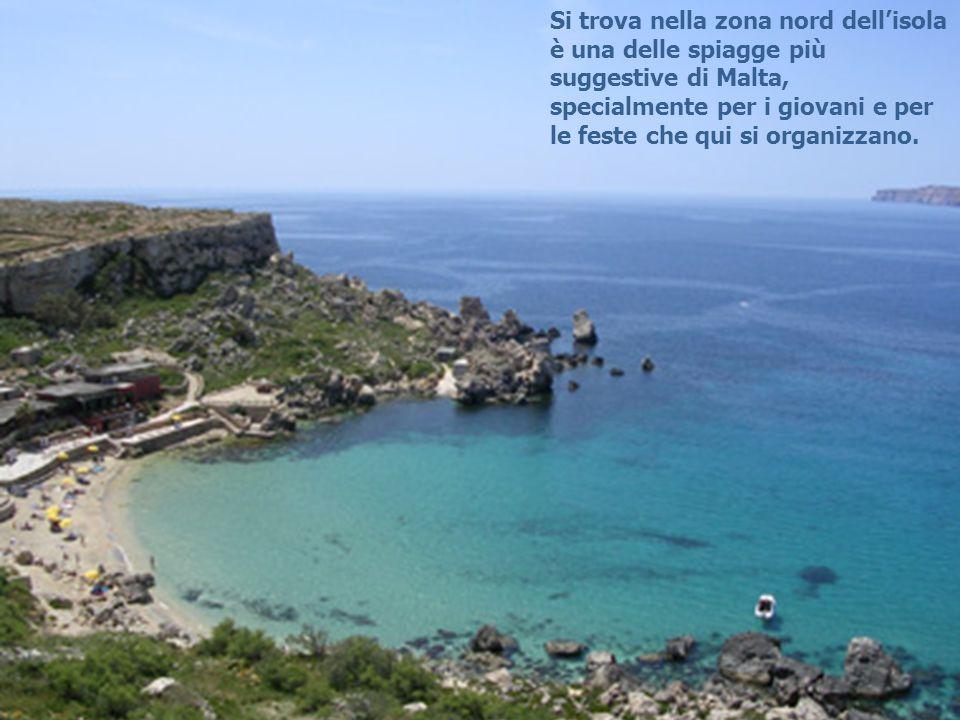 Si trova nella zona nord dell'isola è una delle spiagge più suggestive di Malta, specialmente per i giovani e per le feste che qui si organizzano.