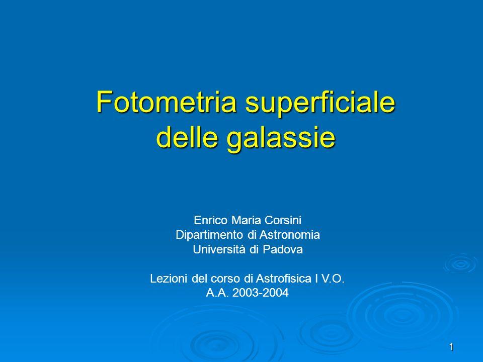 Fotometria superficiale delle galassie