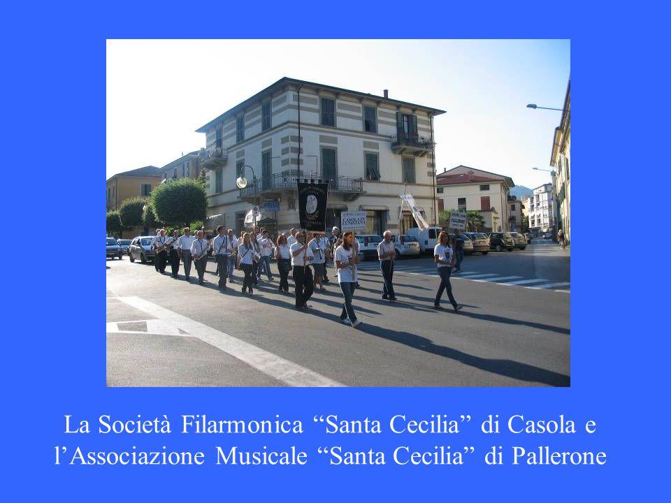 La Società Filarmonica Santa Cecilia di Casola e l'Associazione Musicale Santa Cecilia di Pallerone