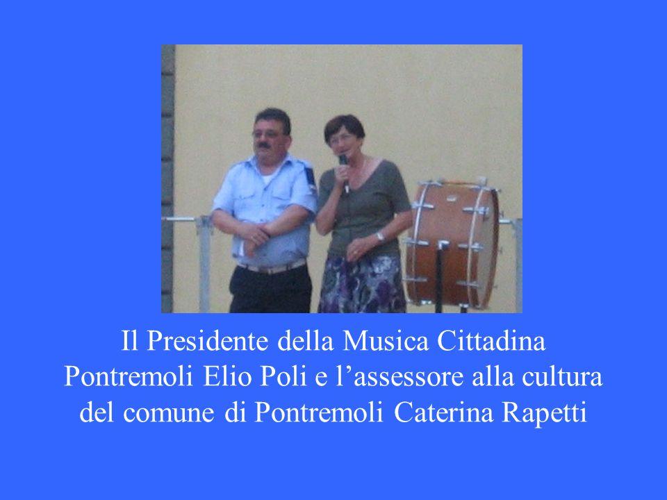 Il Presidente della Musica Cittadina Pontremoli Elio Poli e l'assessore alla cultura del comune di Pontremoli Caterina Rapetti