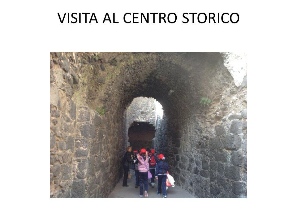 VISITA AL CENTRO STORICO