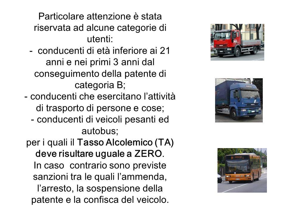 conducenti che esercitano l'attività di trasporto di persone e cose;