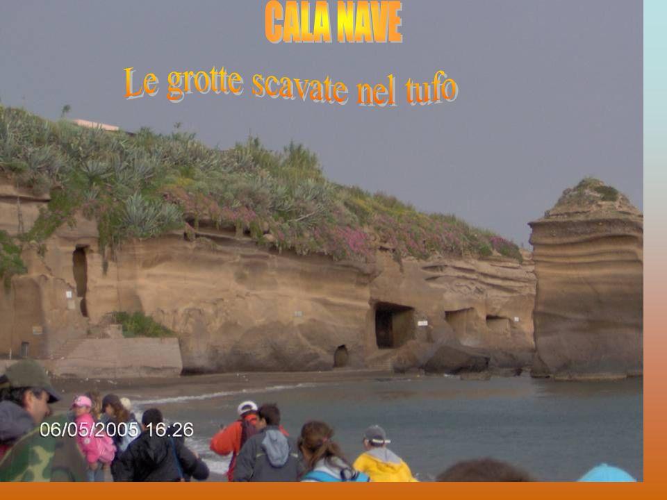 Le grotte scavate nel tufo