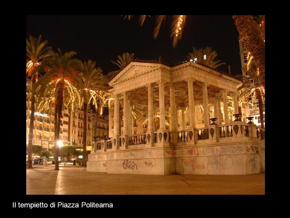 Il tempietto di Piazza Politeama