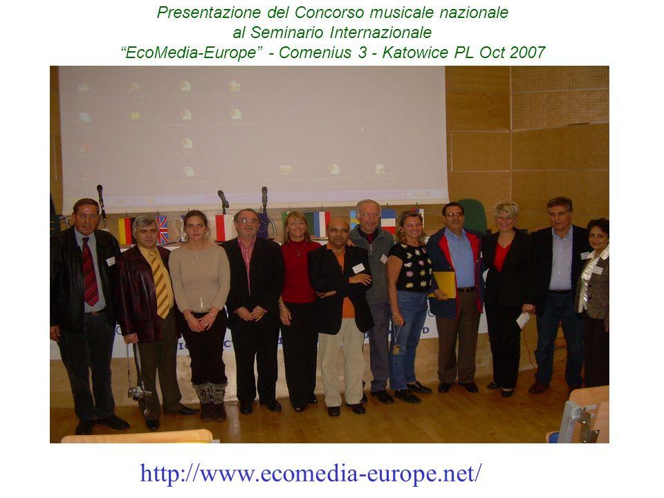 Inserire la foto di gruppo che hai tu nella presentazione SLIDE 14