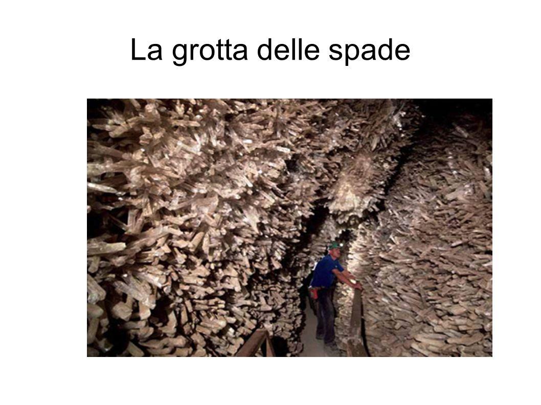 La grotta delle spade