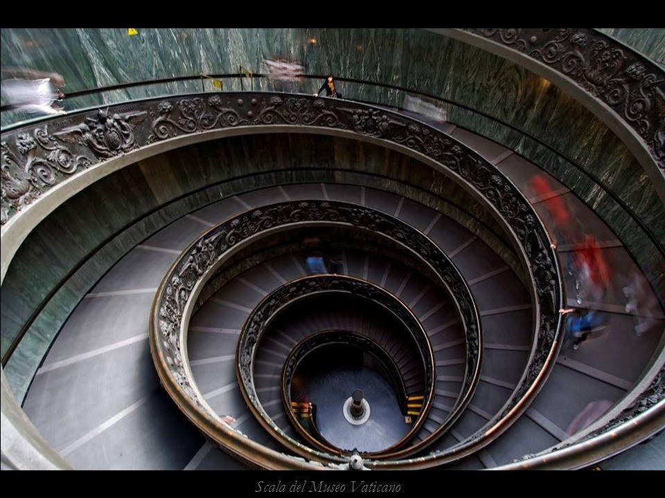 Scala del Museo Vaticano
