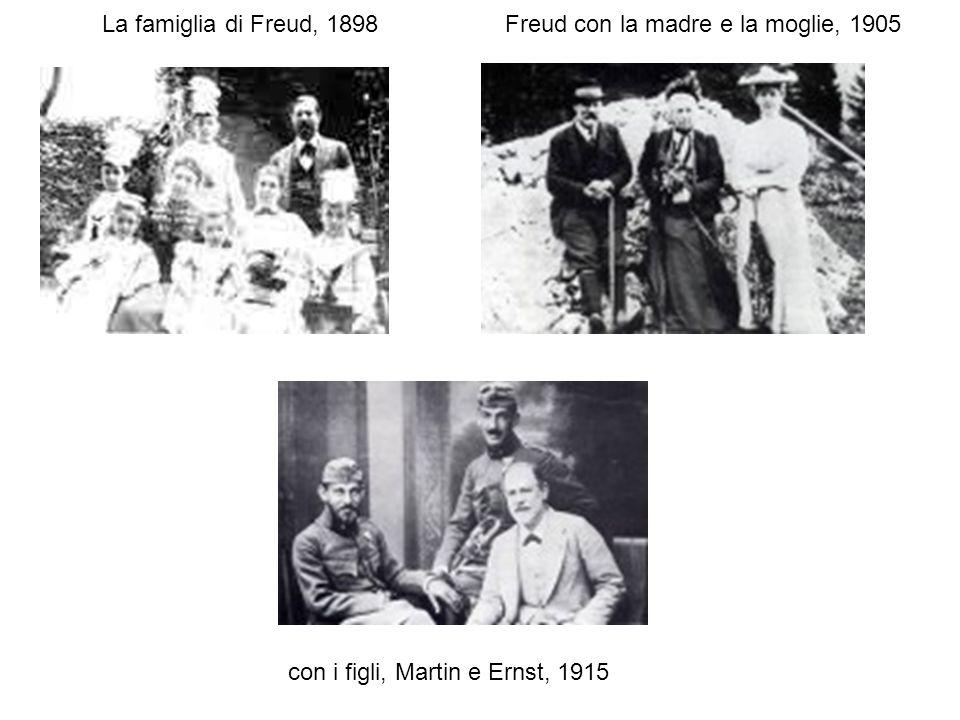 La famiglia di Freud, 1898 Freud con la madre e la moglie, 1905 con i figli, Martin e Ernst, 1915