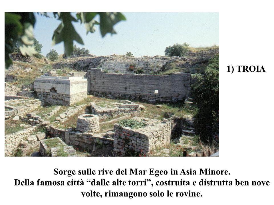 Sorge sulle rive del Mar Egeo in Asia Minore.