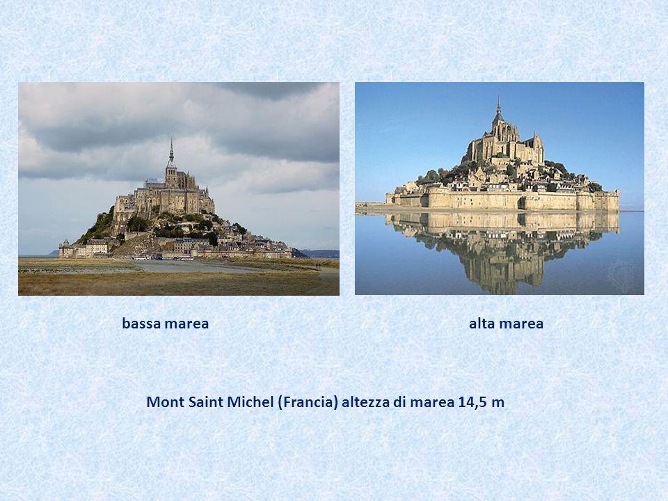 bassa marea alta marea Mont Saint Michel (Francia) altezza di marea 14,5 m.